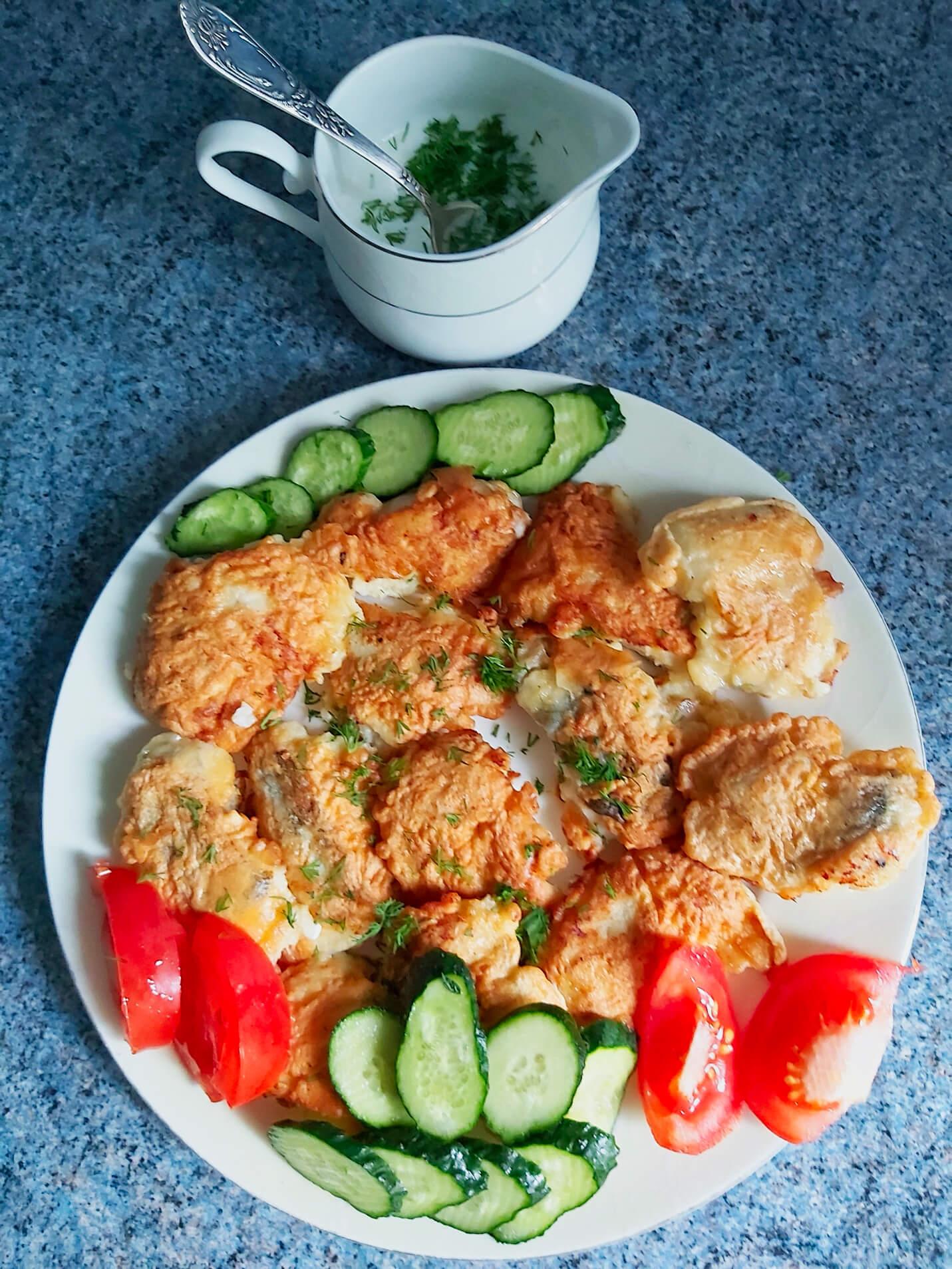 Сервировка блюда с минтаем
