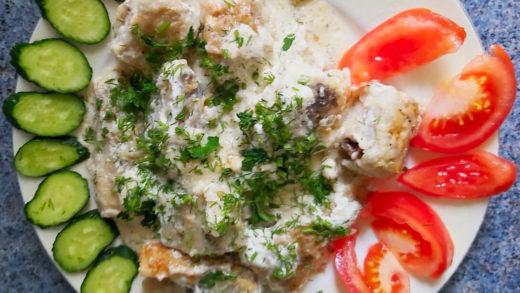 Сервировка блюда из минтая