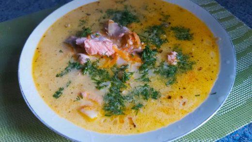 Сливочный суп с лососем Лохикейтто
