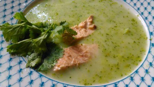 Суп-пюре из лосося со сливками и брокколи